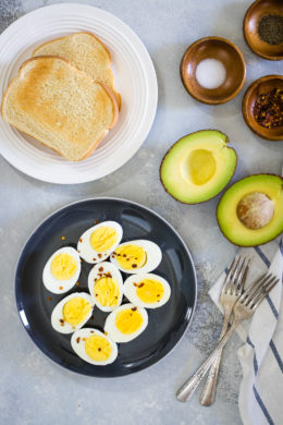 How to make perfect hard-boiled eggs - Smart Little Cookie